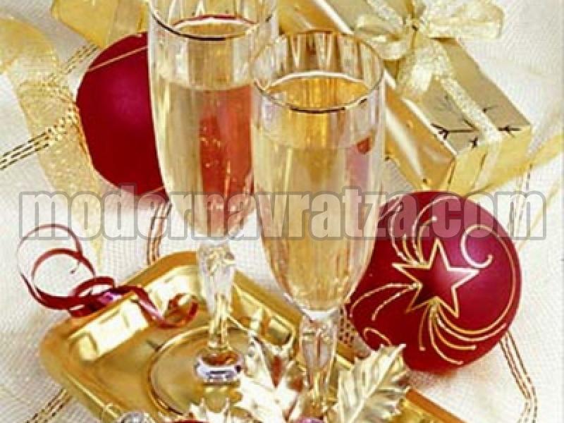 ИНЖ. НИКОЛАЙ ИВАНОВ: ВЕСЕЛА КОЛЕДА И МИРНА И ЩАСТЛИВА 2012 ГОДИНА!