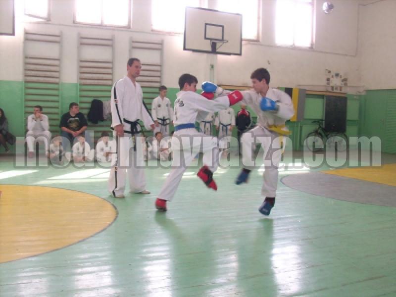 """""""Кум Рьoнг"""" печели 29 медала от държавно първенство"""