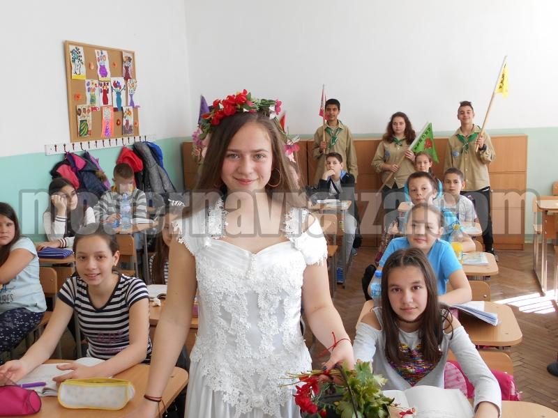 """ПРОЛЕТТА ДОЙДЕ И В СУ """"НИКОЛА ВОЙВОДОВ"""""""