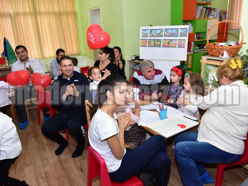 """ДЕТСКА ГРАДИНА """"ЕВРОПЕЙЧЕТА"""" ОТБЕЛЯЗА СЕДМИЦАТА НА БАЩАТА"""